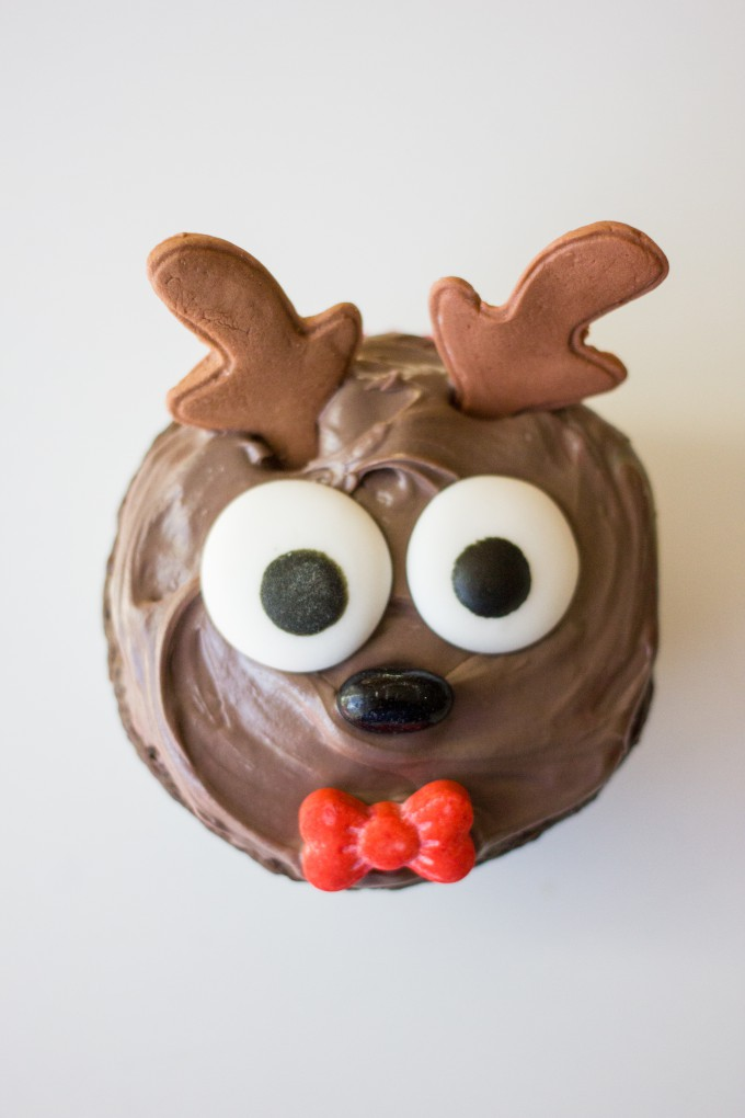 Cute and family-friendly Reindeer Christmas Cupcake recipe