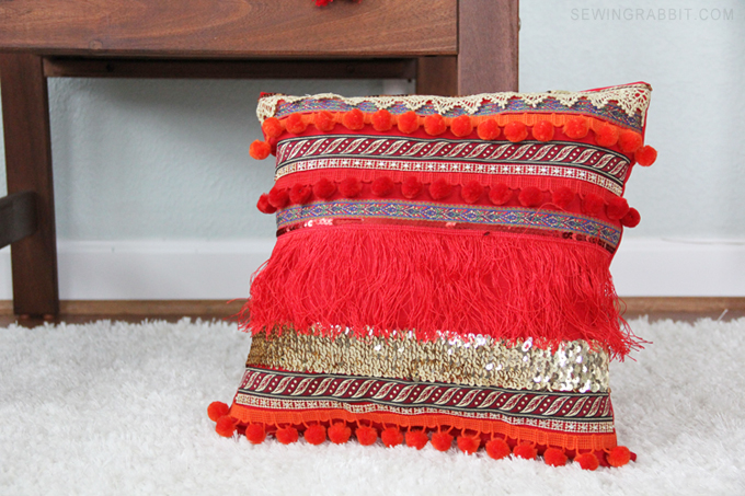 Easy Pattern to make your own DIY Boho Fringe Pillow