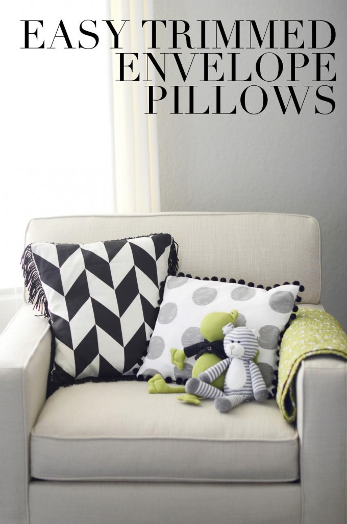Easy DIY Trimmed Envelope Pillows FREE Pattern
