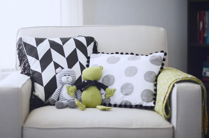 How to make trimmed nursery pillows