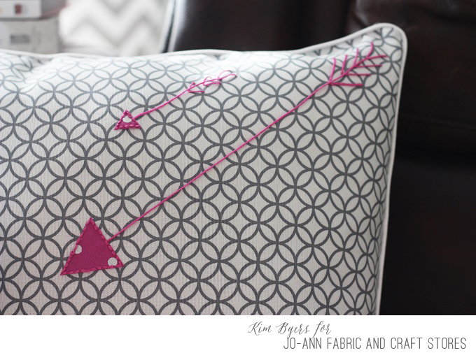 Easy DIY make your own Arrow Pillow Covers