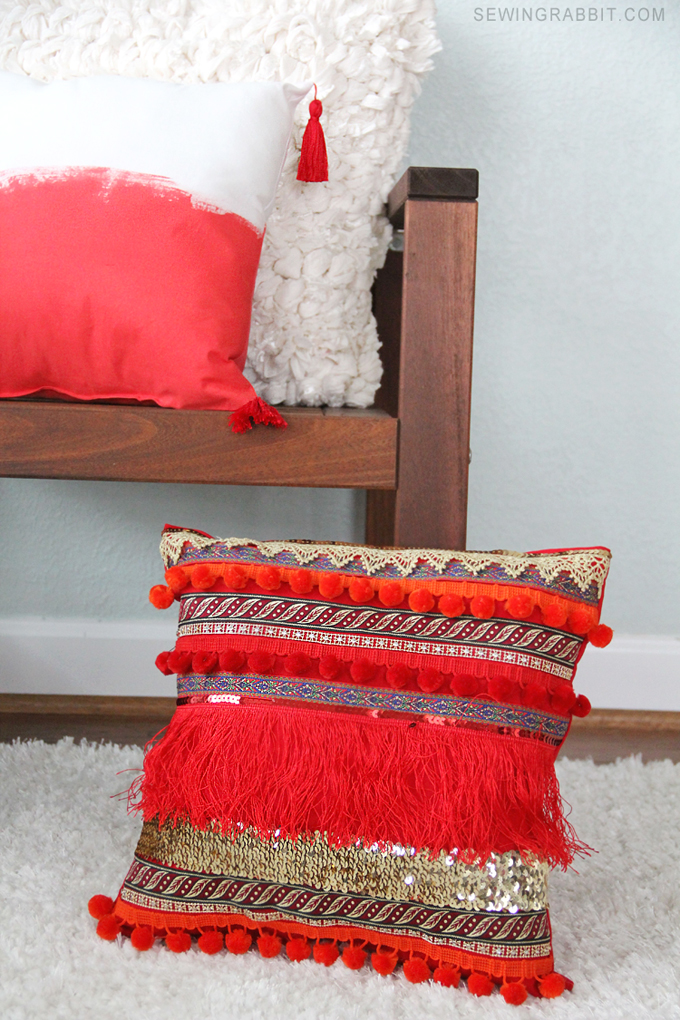Easy to make - DIY Fringe Bohemian Pillow