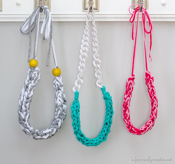 How to Make T-Shirt Yarn Necklaces