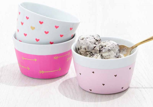 Heart Ice Cream Bowls from Plaid Crafts