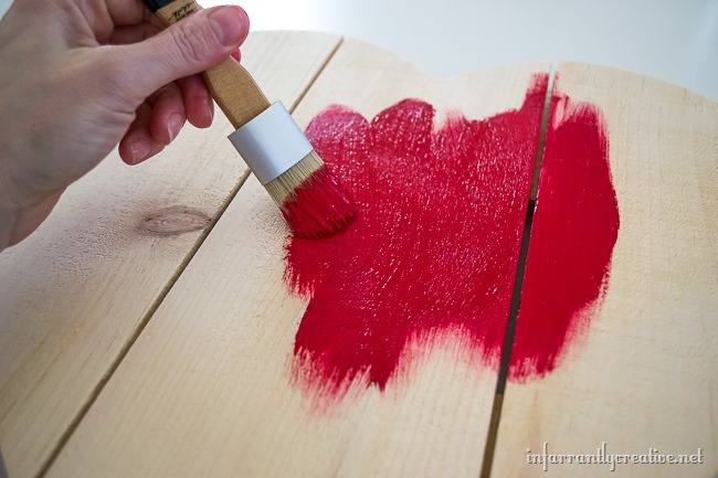 DIY Valentine's Day Rustic Wood Heart Crafting