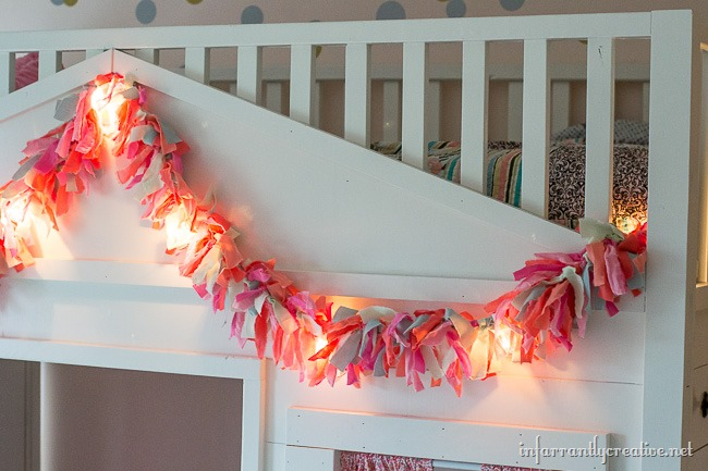 Lit DIY Easter Rag Garland Tutorial