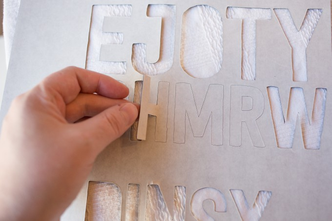 How to make DIY Alphabet Magnets // Great project to help your kids learn the alphabet or help with spelling!
