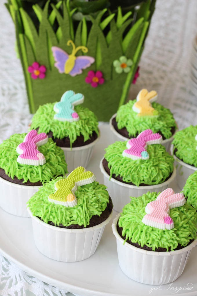 Cute Easter Dessert Recipe // Easy Easter Bunny Cucpakes
