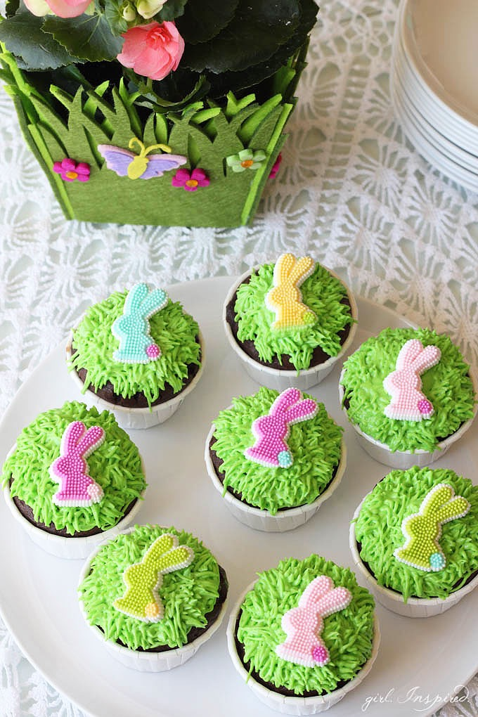 Cute Easy Easter Bunny Cupcakes