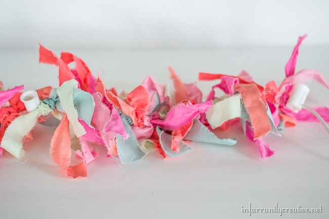 Cute DIY Easter Themed Rag Garland