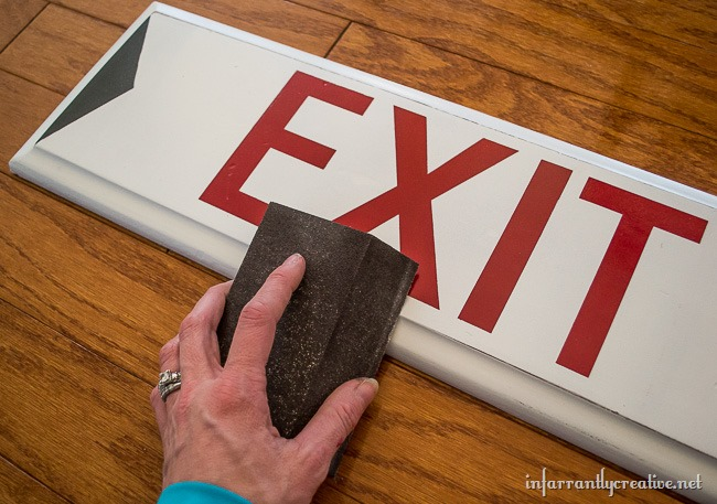 Upcycled Drawer DIY Exit Sign // Super cute DIY home decor