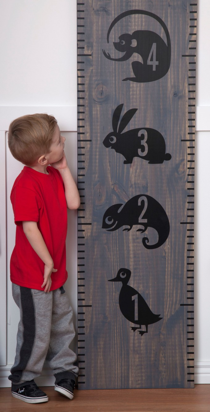 DIY Kids Playroom made with Cricut Explore One available exclusively at Joann.com PRE-ORDER NOW! // DIY Kids Growth Chart Tutorial