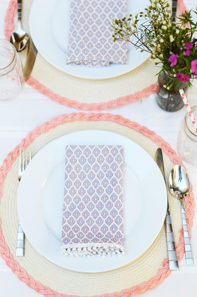 DIY Upcycled Pom Pom Cloth Napkin // DIY Entertaining Idea