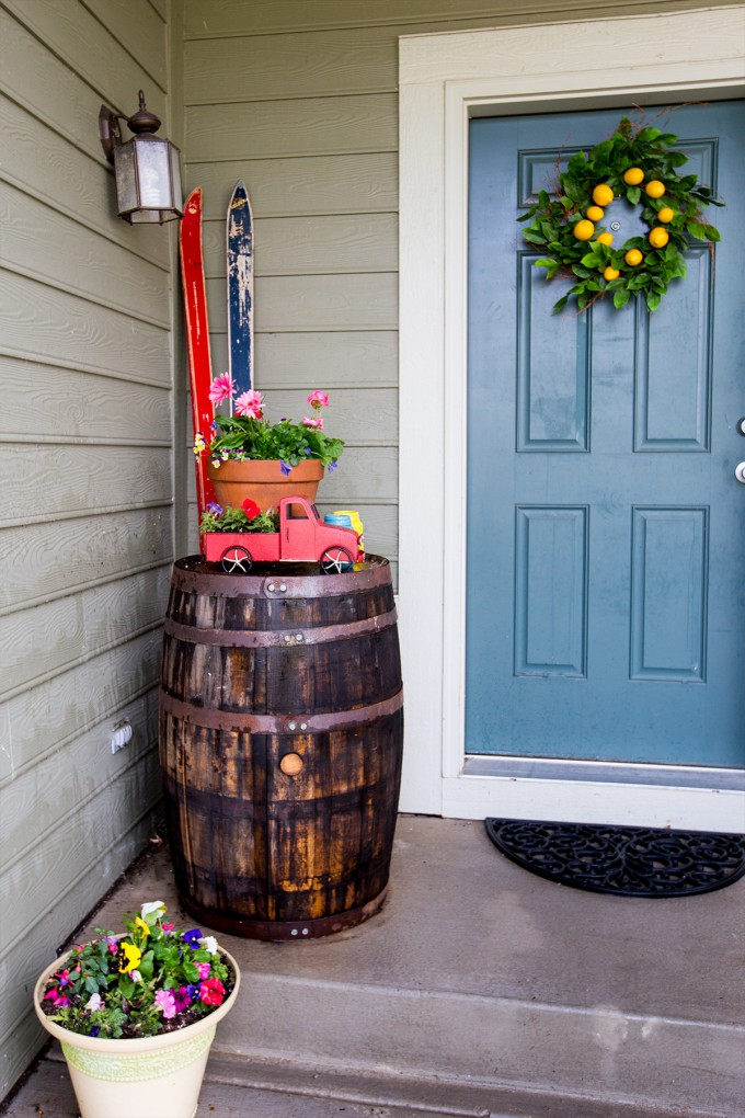 Summer DIY Porch Decor // Quick and Easy Ways to Upgrade your Porch for Summer