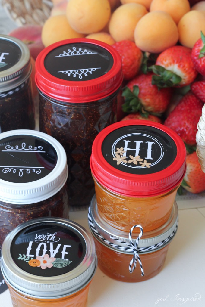 DIY Mason Jar Lid // Ball Jar Projects at blog.joann.com