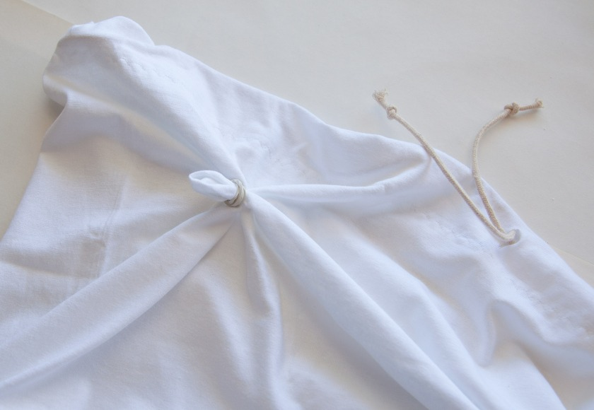 tie-dye-skirt-tying[1]