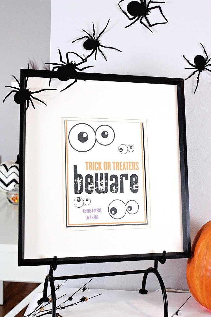 8-Free-Halloween-Printable-Kim-Byers-7485-680(1)