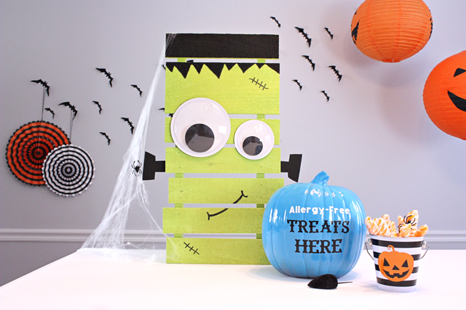 Easy DIY Frankenstein Pallet and Teal Pumpkin Project™