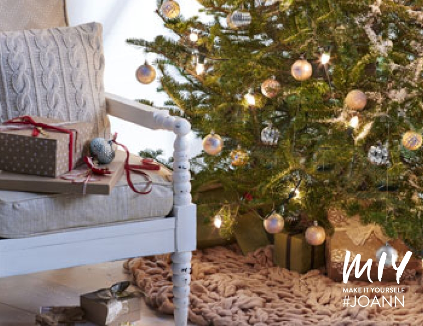 Fleece and Fur: Make a Cozy Christmas