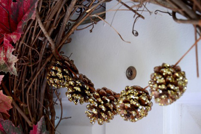 Pinecone Garland Door Wreath