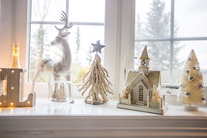 Sparking Holiday Mantel Decor