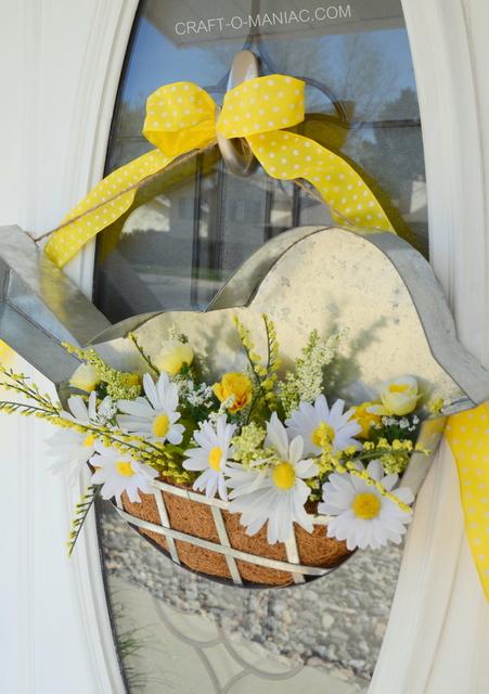 DIY Birdie Spring Wreath