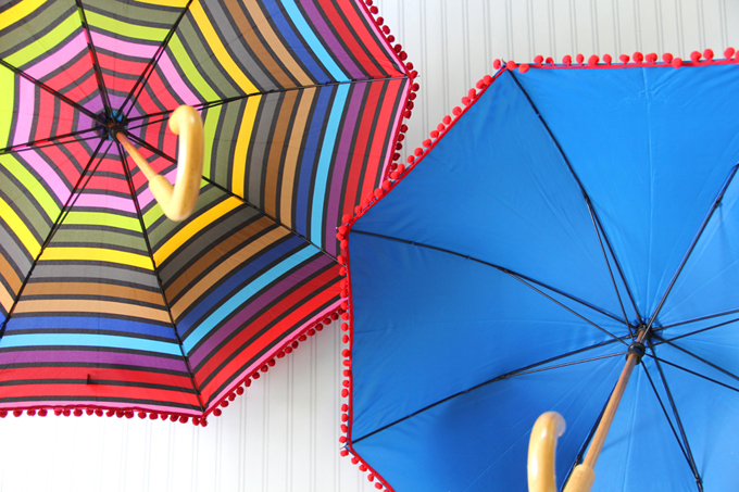 DIY Pom Pom Umbrella for Rainy Spring Days