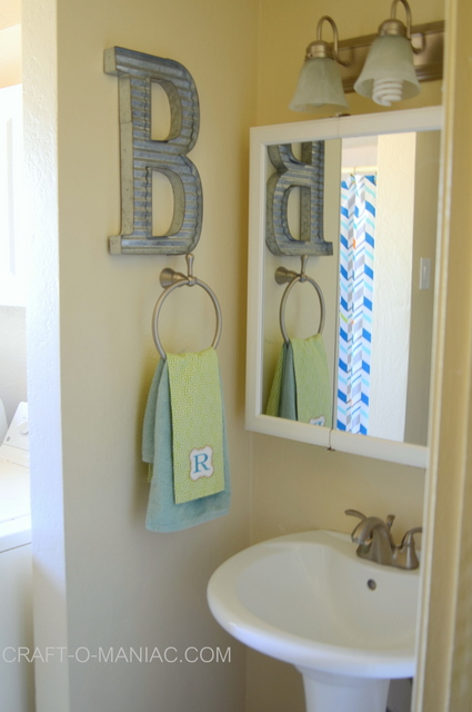 Kids' Bathroom Decor Makover