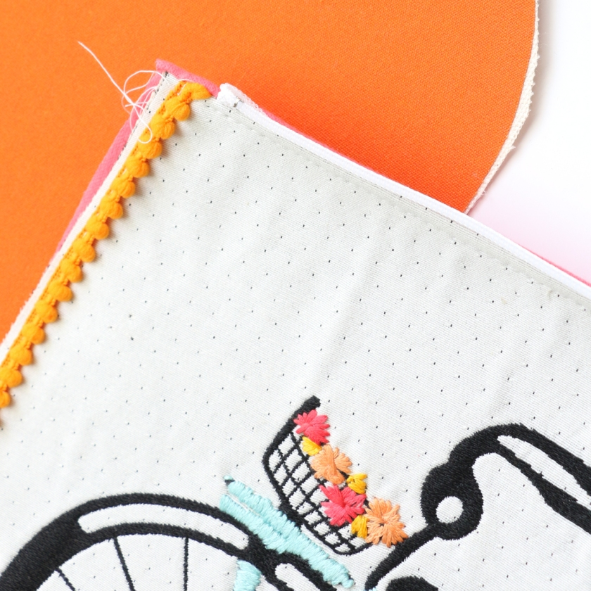Pom Pom Bike Clutch