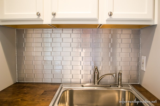 laundry backsplash