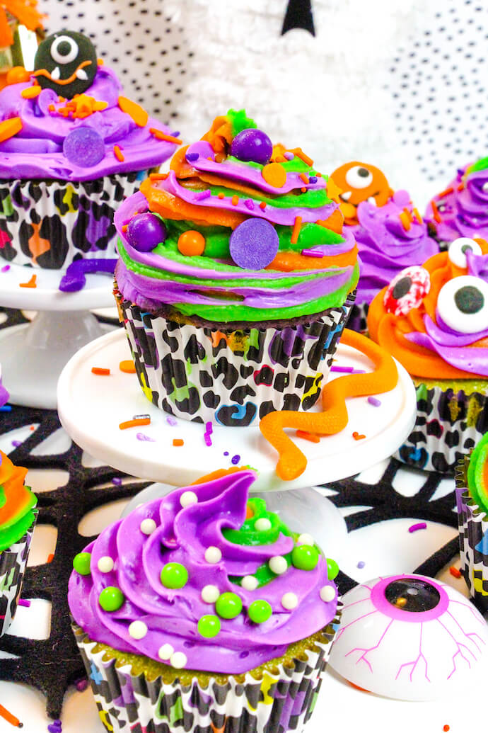halloween surprise cupcakes