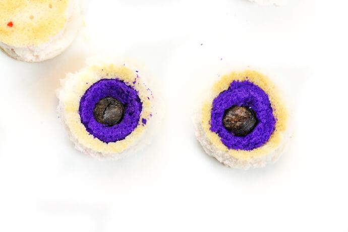 halloween surprise cupcakes