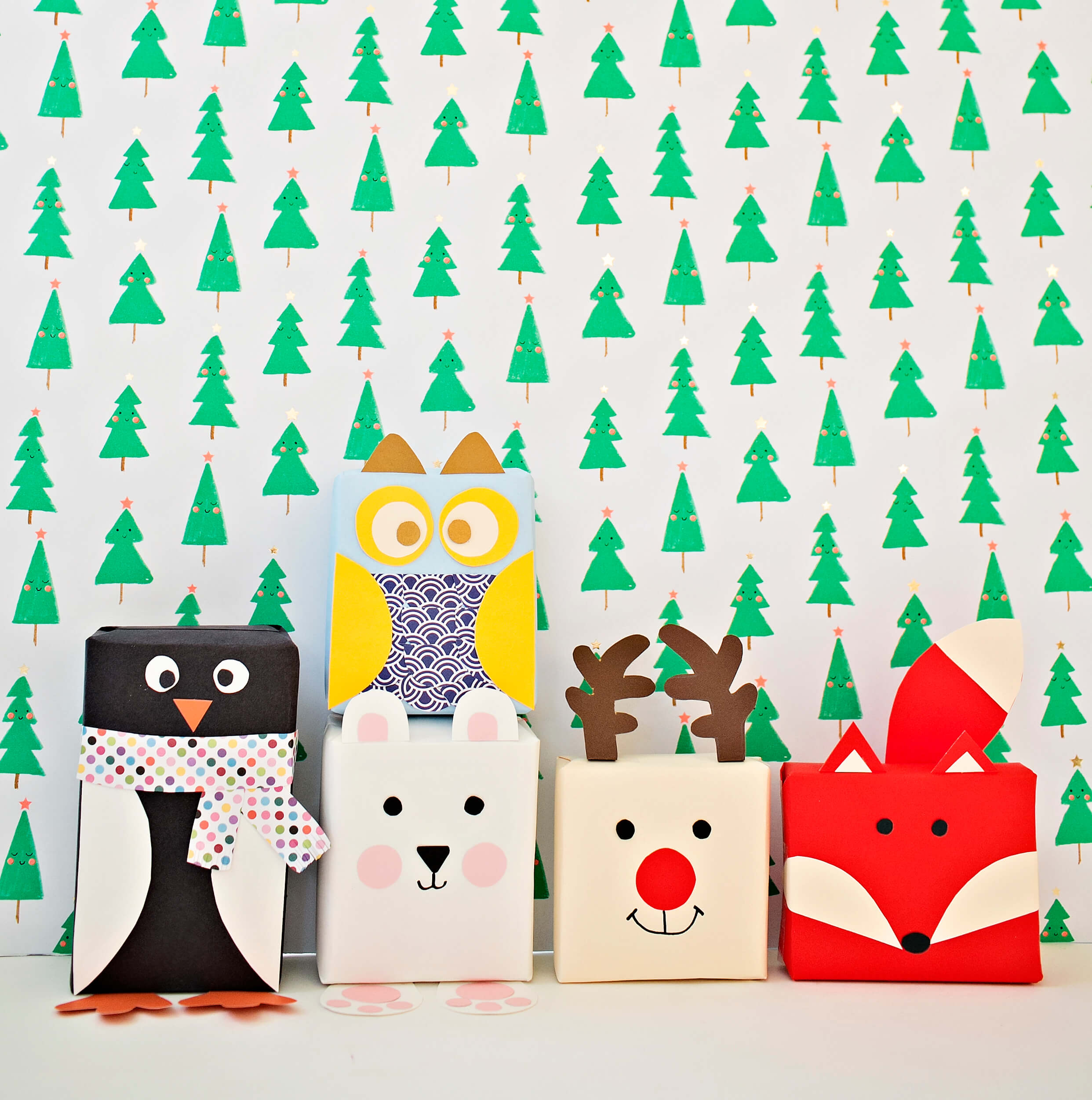 DIY Holiday Animal Gift Wrap