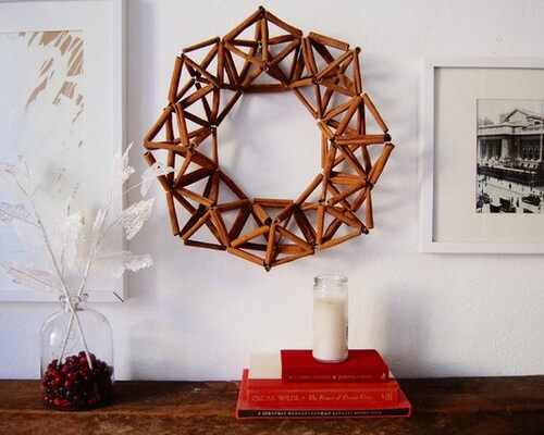 cinnamon sticks wreath