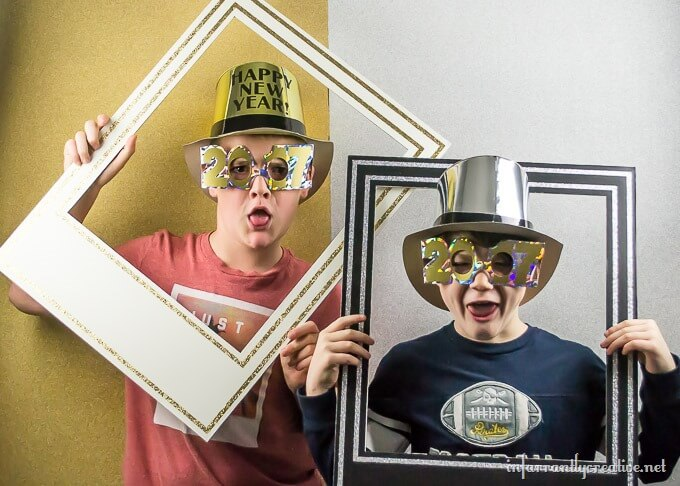 A NYE Glittered Photo Booth
