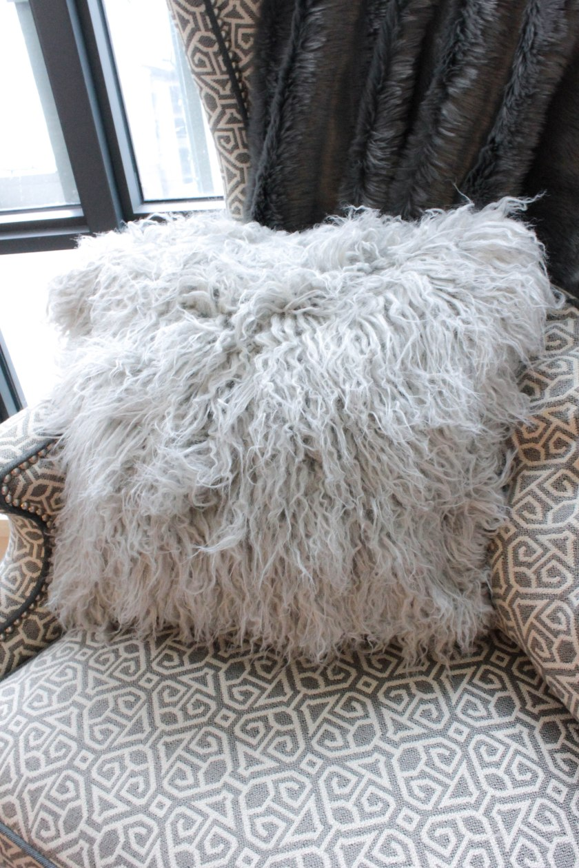 diy fur pillow and rug
