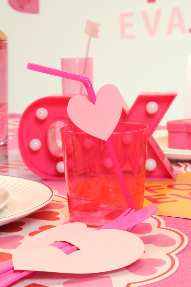 vday tablescape