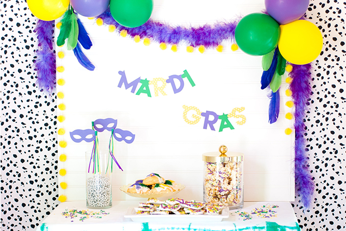 Celebrate Mardi Gras with this DIY Partyscape