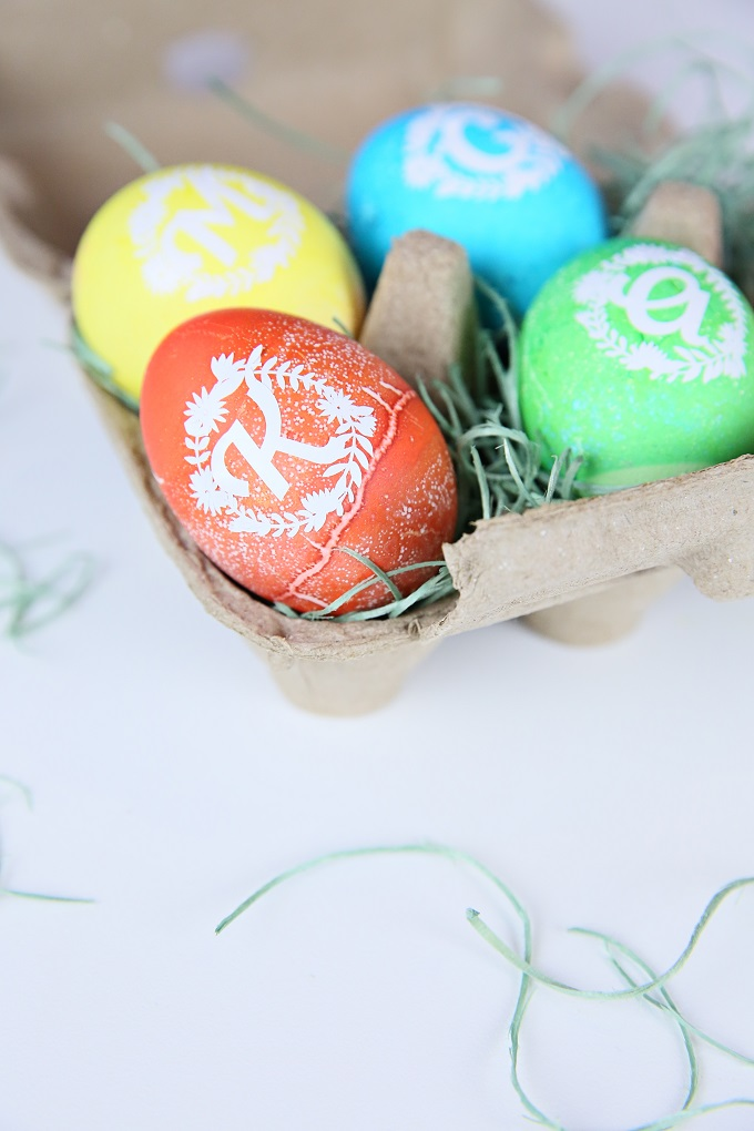 creative decorative eggs