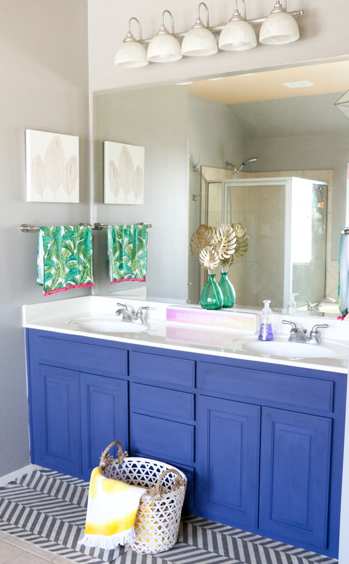 Spruce Up Your Bathroom This Summer with This Simple DIY