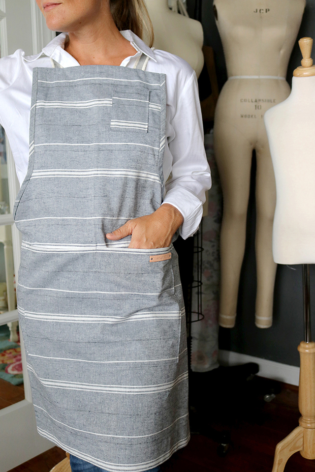 How to Make a Modern Linen and Leather Apron