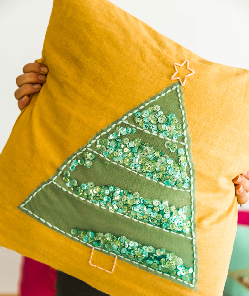christmas-tree-pillows[1]