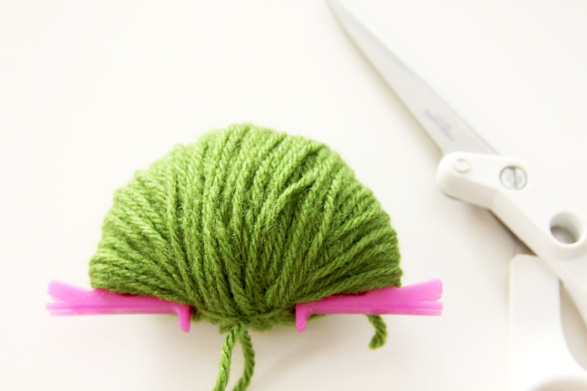 Yarn Wrapped Pom Pom Maker