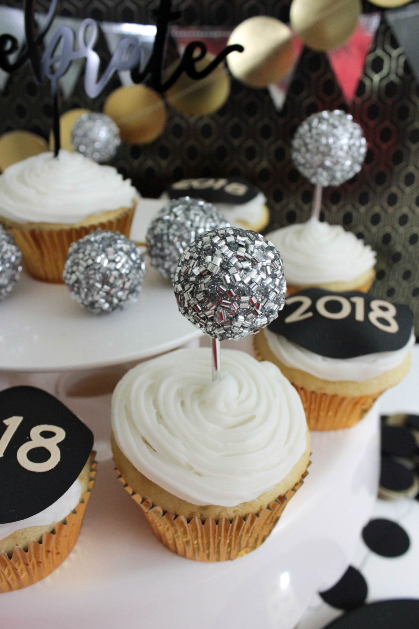 New Year's Eve Cupcakes (13)