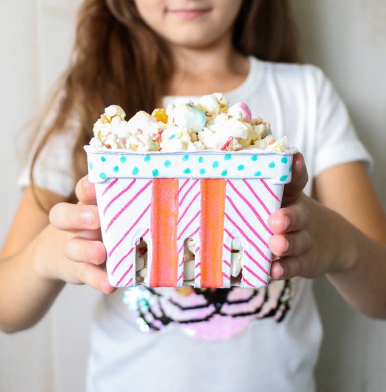 Popcorn Craft and Movie Night-10