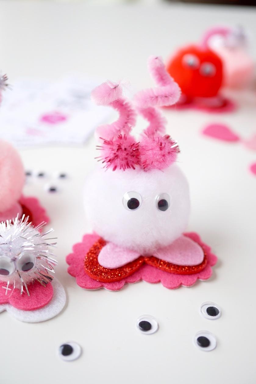 DIY warm Fuzzy Class Valentine 12